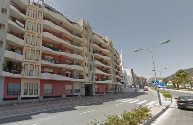 Apartamento en Calpe, 3 dormitorios. 73.000 eu.